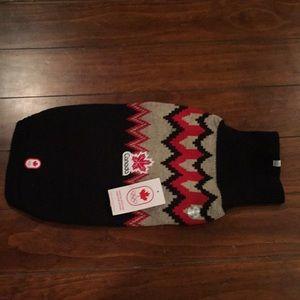 The Bay dog sweater (sz m)